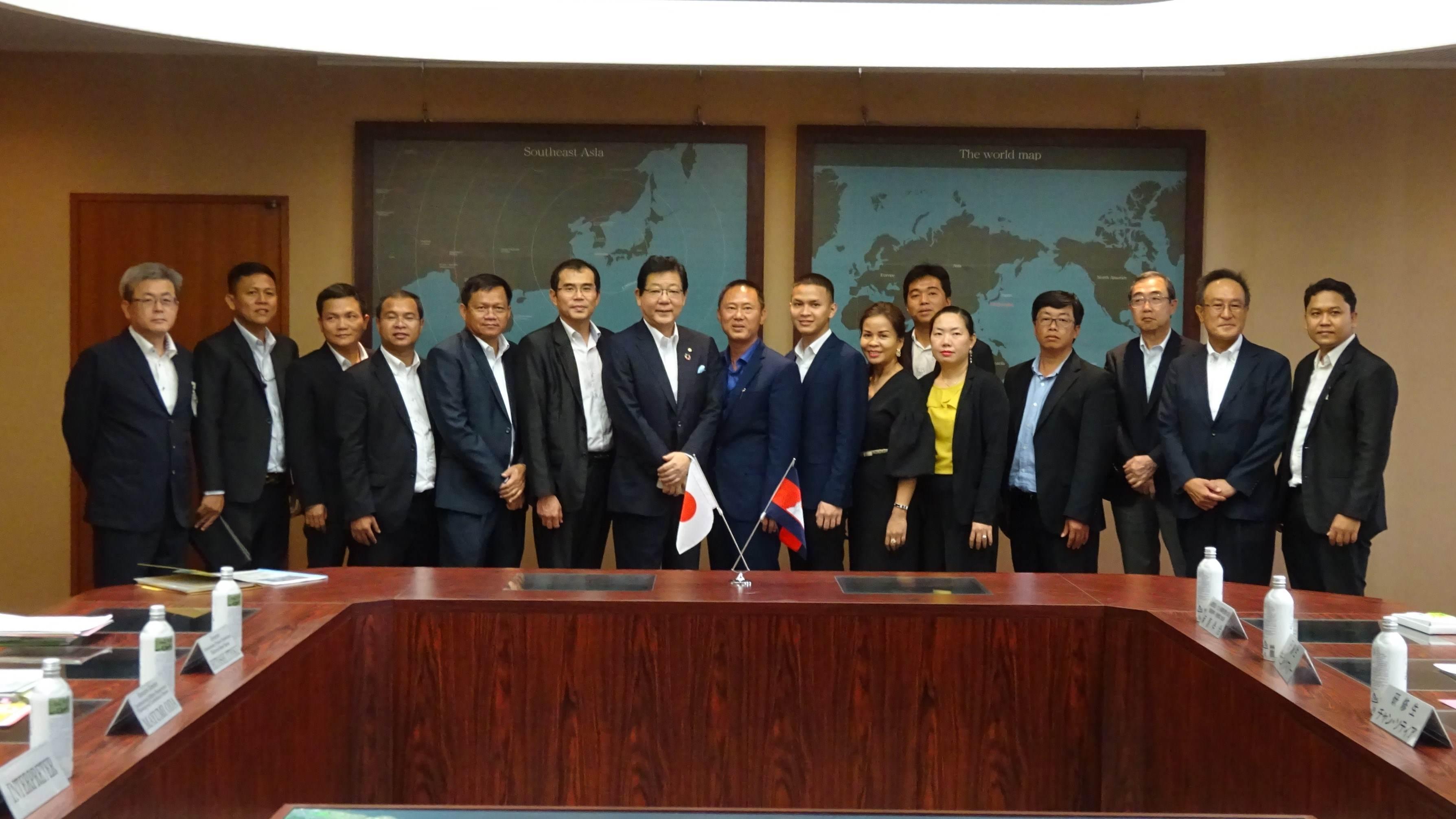 カンボジア環境ビジネススタディツアー北九州研修を支援